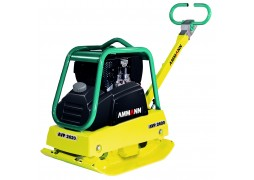 Inchiriere placa compactoare reversibila Ammann AVP 2620,135 kg