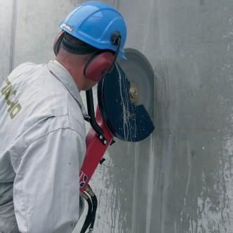 Inchiriere taietor de rosturi actionat hidraulic Hycon HCS